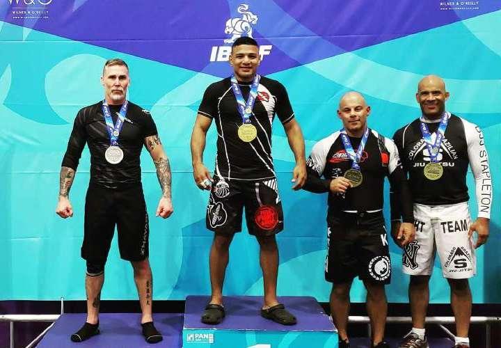 Leonardo González conquista un nuevo título panamericano
