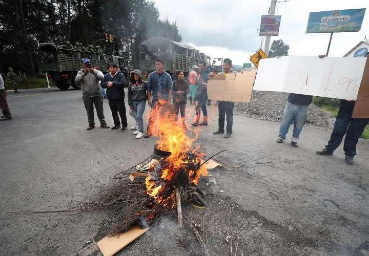 Bloqueos en las vías del Ecuador