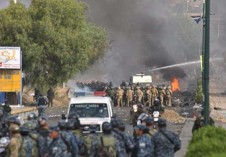 Al menos 5 muertos y 22 heridos en Bolivia