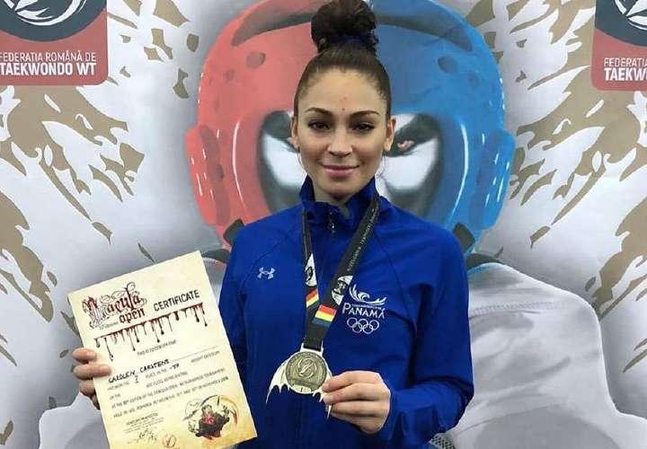 Carolena Carstens gana medalla de oro