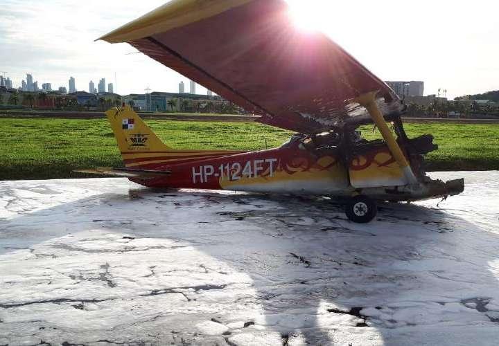 Tripulantes de aeronave por casi se calcinan
