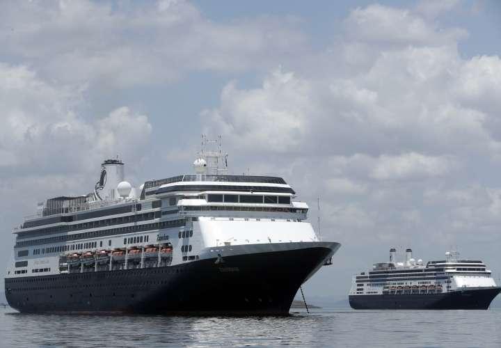Gobernador niega desembarco de crucero con ocupantes contagiados