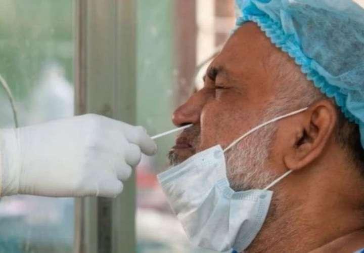 ¡Chuzo! 4 de cada 10 panameños salió infectado ayer de coronavirus