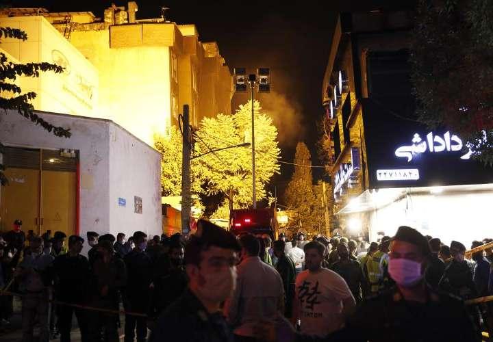 Explosión en una clínica causa unos 19 muertos