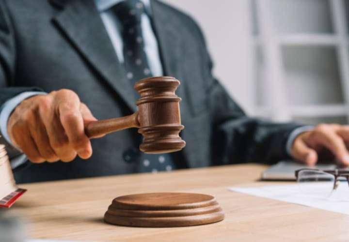 Condenan a 42 años a subteniente por doble crimen