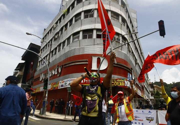 Protestan contra reformas laborales temporales