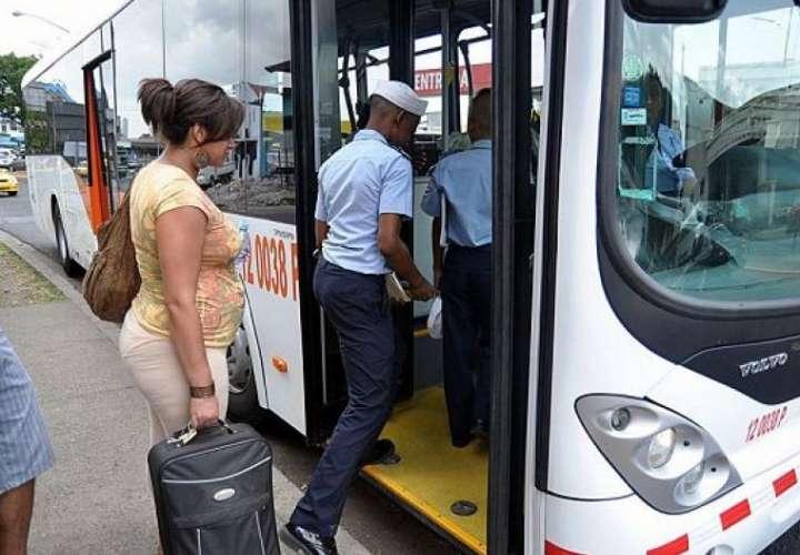 Gabinete autorizó a ATTT a contratar a Mi Bus