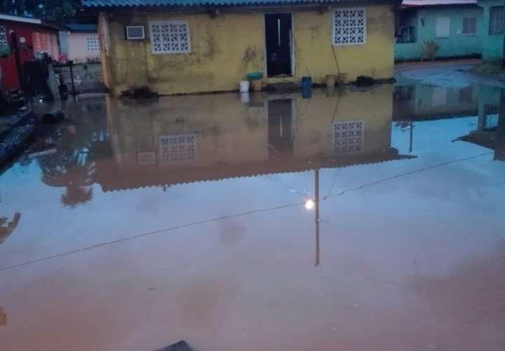 Más de 20 casas afectadas en Palenque por inundaciones