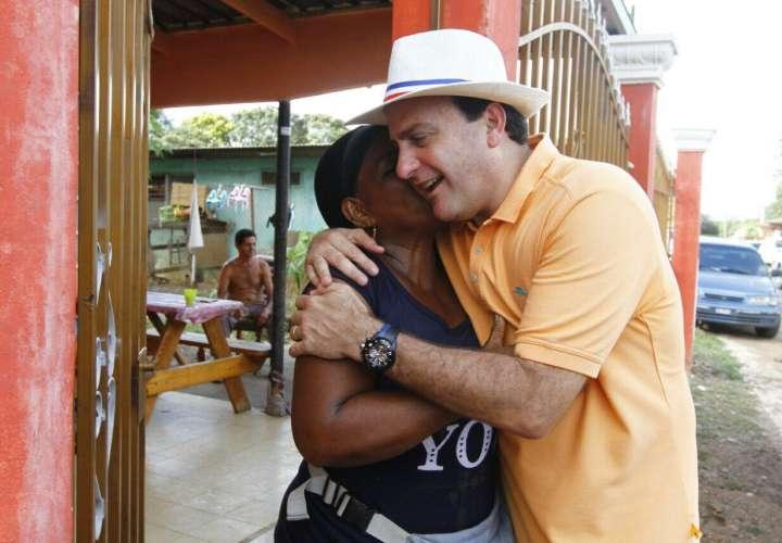 Francolini se postulará hoy como precandidato presidencial del CD