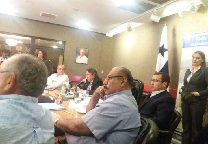 Ministro presenta detalles del Cuarto Puente sobre el Canal