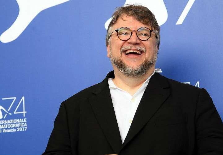 Guillermo del Toro domina nominaciones de los Globos de Oro