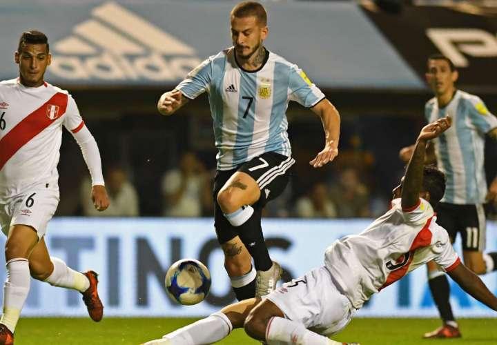 Darío Benedetto se lesionó el domingo 19 de noviembre. Foto: EFE