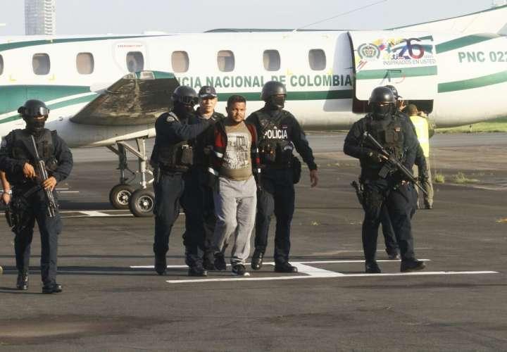Instantes cuando llega a Panamá el presunto narcotraficante Juan Sebastián González Varela, alias Dago.  /  Foto: Edwards Santos