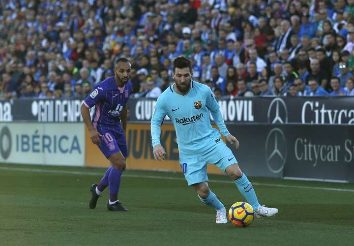 Lionel Messi y su equipo se preparan para jugar ante el Celta el próximo jueves. Foto: AP