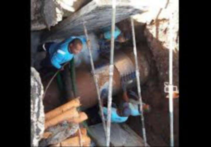 Querella para indemnizar a afectados por roturas de tuberías