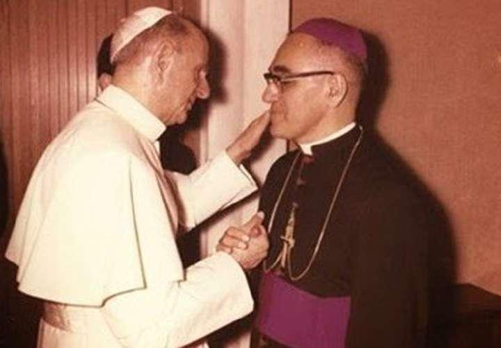 Canonizarán a un cura bueno…Arnulfo Romero