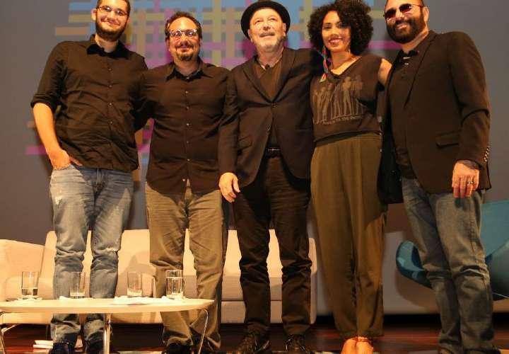 Rubén: No hago canciones a la medida para nadie