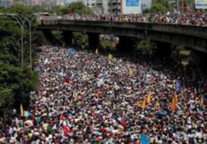 Oposición venezolana retomará protestas para rechazar los comicios 'fraudulentos'