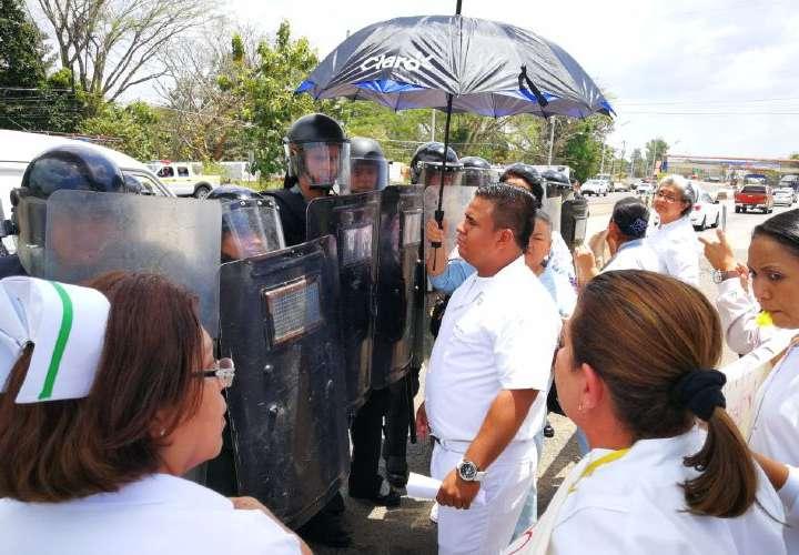 Enfermeras del 'Chicho' Fábrega, con más protestas