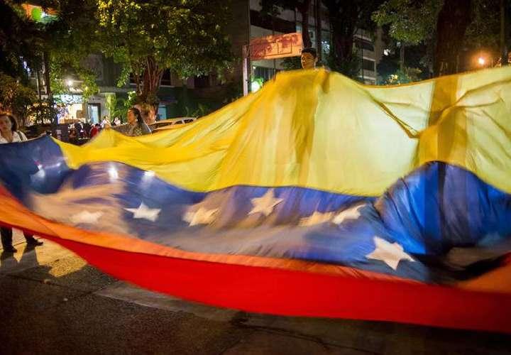 Ratifican condena al hijo de ministro de Defensa de Chávez por protestas en 2014