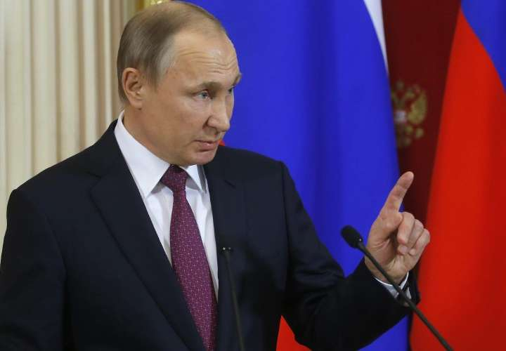 Putin arrasó en elecciones