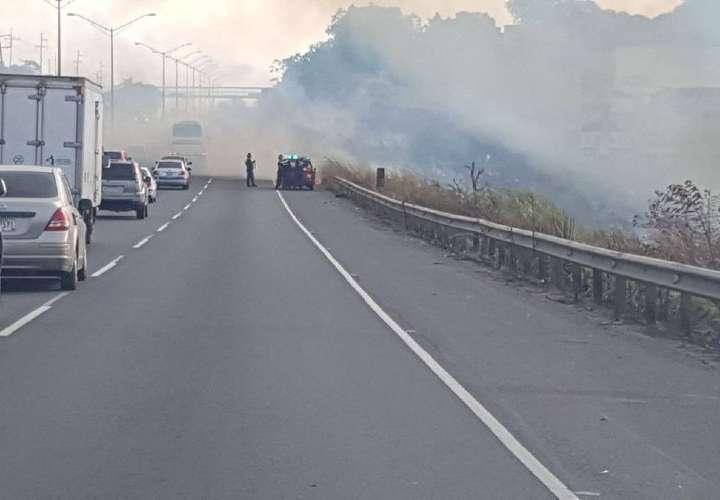 Incendio en la autopista