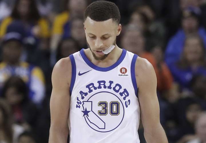 Curry se perderá la primera ronda de los 'playoffs'