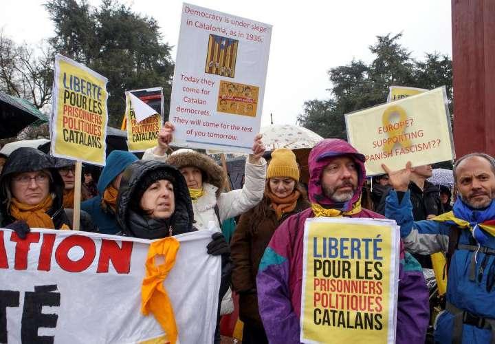 Protestan independentistas catalanes
