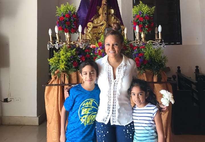 Sandra recorrió las siete iglesias