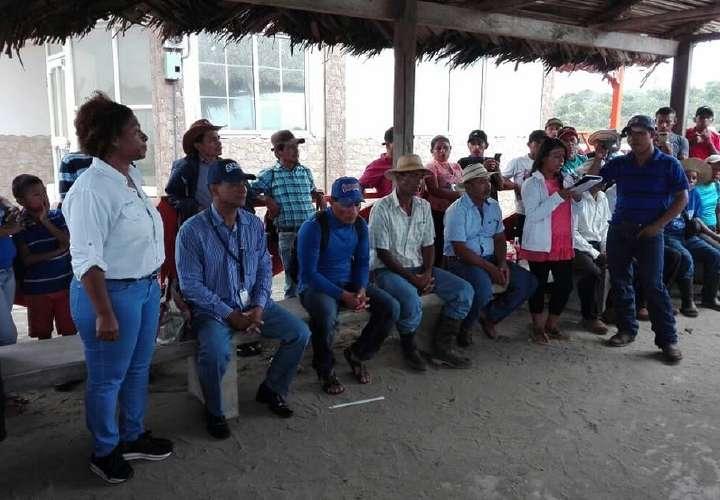 Los campesinos de Donoso exigen titulación de tierras
