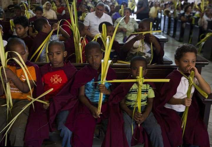 Procesiones centenarias en Santo Domingo, cuna de la evangelización