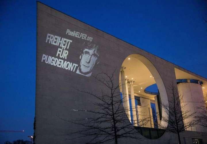 El martes deciden sobre Puigdemont