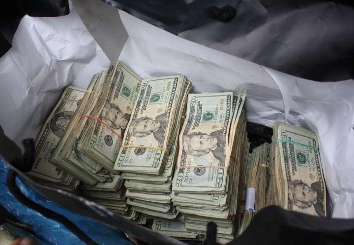 Confiscan dinero y droga