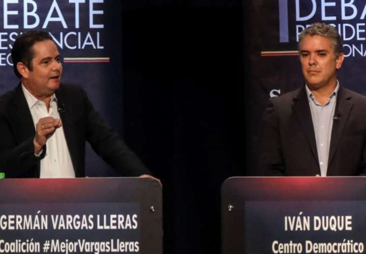 Pronostican segunda vuelta entre Duque y Vargas Lleras en Colombia