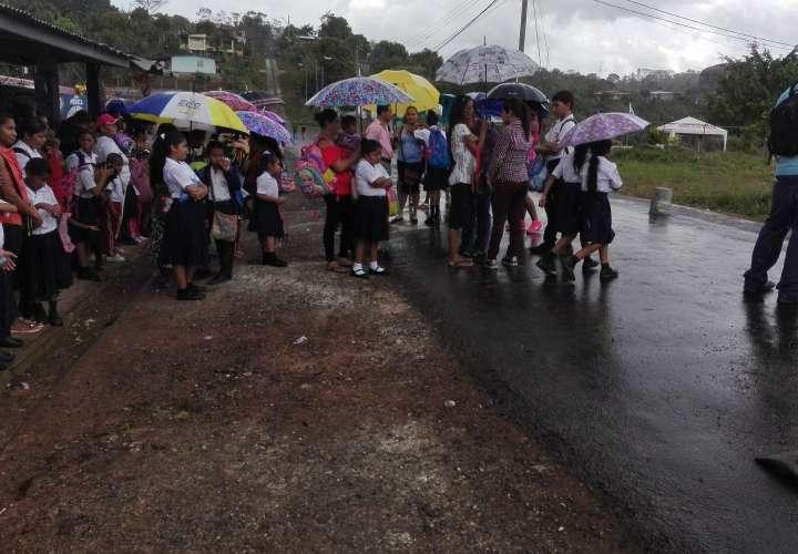 Reproche por falta de agua en escuela de La Chorrera