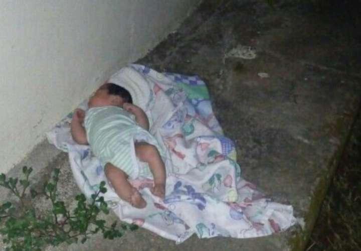 Bebé abandonada en iglesia de Atalaya