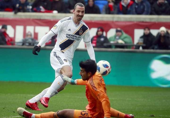 Zlatan Ibrahimovic mantiene las puertas abiertas del Mundial de Rusia 2018