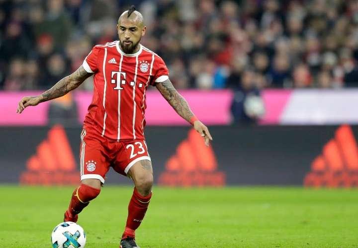 Vidal, baja del Múnich por lesión en una rodilla