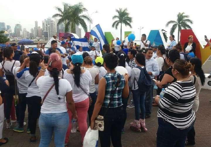 Presidente de Nicaragua recula mientras en Panamá piden alto a la represión