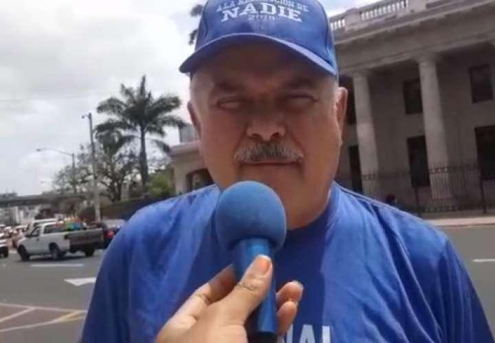 Miguel Antonio Bernal, de frente contra la reelección