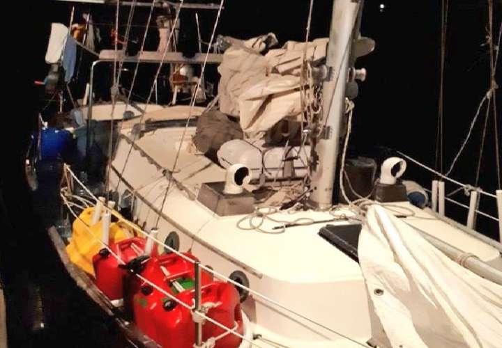 Rescatan a tripulante de velero en Portobelo