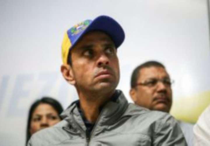 Capriles pide a oposición debate para sacar a Venezuela de crisis