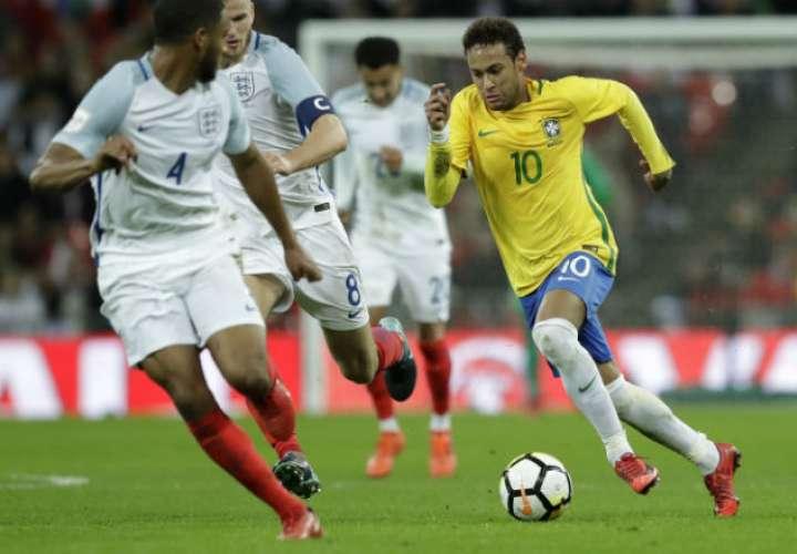 Neymar es la máxima figura de Brasil para el Mundial de Rusia 2018.