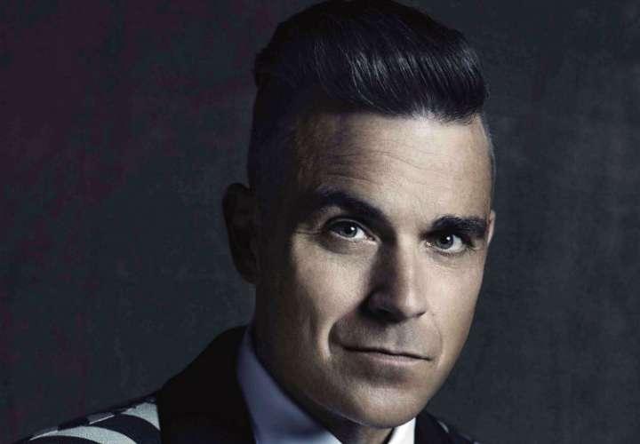 """Acusan a Robbie Williams de """"vender su alma"""" por cantar en el Mundial de Rusia"""