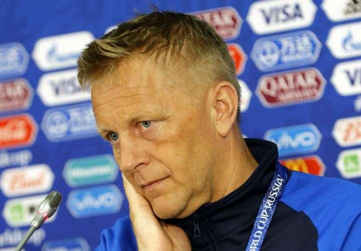 El entrenador Heimir Hallgrimsson. Foto:EFE