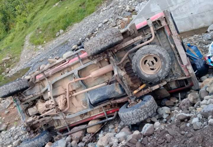 El vehículo terminó de medio lado. Foto: Pedro Batista