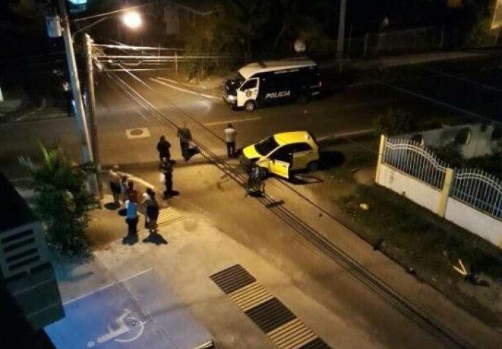 A última hora de hoy, lunes, se reportó una balacera entre bandas rivales en calle 12 de Ciudad Radial