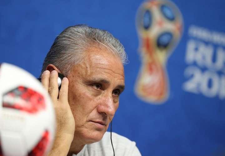 Tite le ha devuelto el brillo al fútbol brasileño./ AP