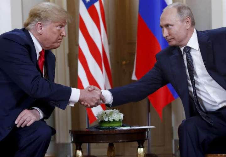 El presidente de EE. UU, Donald Trump, tuiteó una lista de los temas discutidos en la cumbre, como el terrorismo, la seguridad de Israel, la paz en Medio Oriente, entre otros. AP