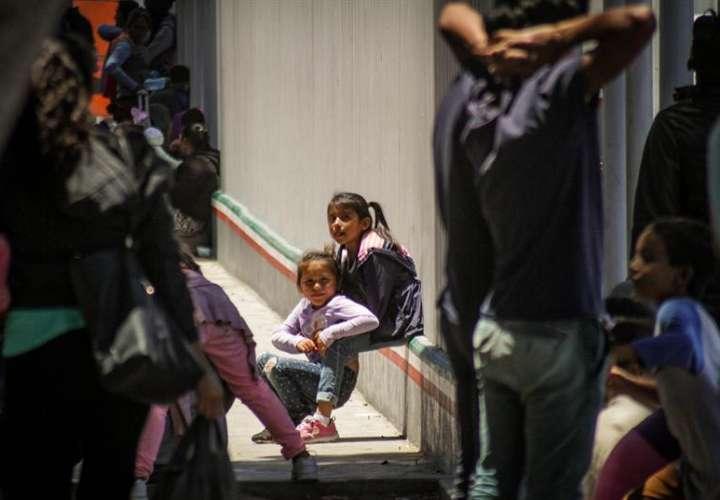 Han devuelto a sus padres en centros de detención a 1.442 menores, mientras que otros 378 han sido liberados en